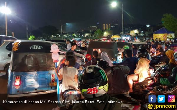 Selama Libur Tahun Baru, 35 Ribu Kendaraan Masuk Jakarta - JPNN.COM