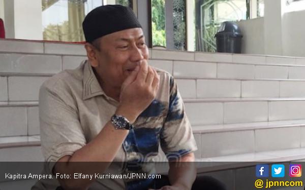 Warning Dari Eks Pengacara Habib Rizieq, Akan Ada Perebutan Kekuasaan - JPNN.com