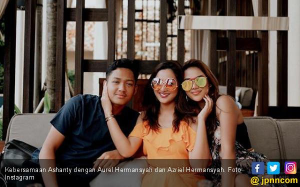 Berulang Tahun, Azriel Hermansyah Curhat Soal Keluarga - JPNN.com