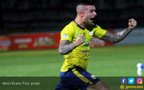 Aaron Evans Dikabarkan Berlabuh ke PSM Makassar - JPNN.COM