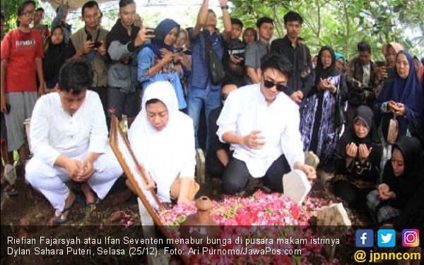 Ifan Seventeen Ungkap Kebiasan Unik Dylan Sahara - JPNN.com