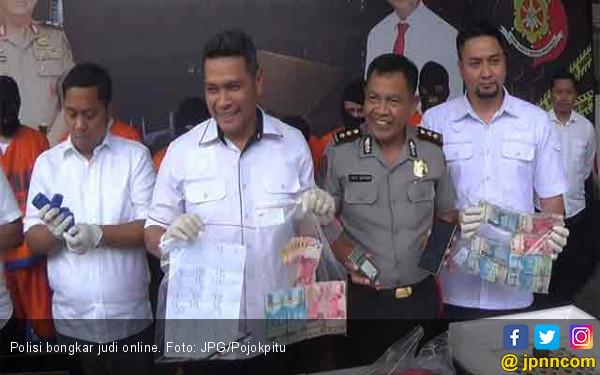 Polisi Sikat Judi Bola Online Beromzet Puluhan Juta - JPNN.COM