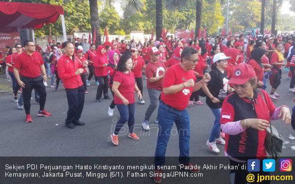 Jelang HUT PDIP, Hasto Minta Maaf ke Warga Kemayoran - JPNN.COM