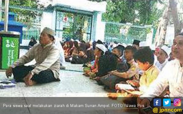 Ajak Siswa Pahami Sejarah dengan Berwisata Religi - JPNN.COM