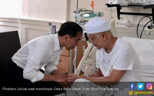 Presiden Jokowi Besuk Ustaz Arifin Ilham - JPNN.COM