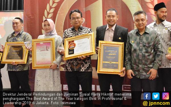 Harry Hikmat Raih Best in Professional & Leadership 2019 - JPNN.COM