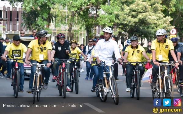 Di Hadapan Alumni UI yang Mendukungnya, Jokowi Menyerukan... - JPNN.COM