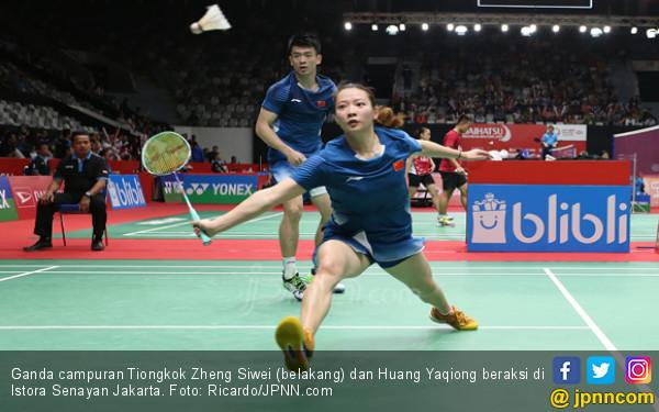 Zheng Siwei / Huang Yaqiong Tembus 16 Besar Indonesia Masters 2019 - JPNN.COM