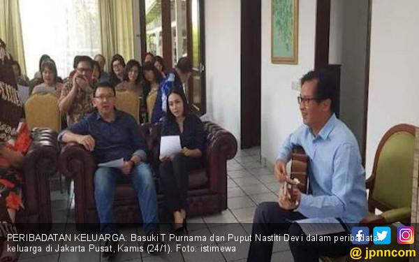 Ahok dan Puput Kompak Senandungkan Lagu Rohani di Kebaktian Keluarga - JPNN.COM