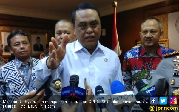 Rekrutmen CPNS 2019 Dipercepat agar Honorer tak Tambah Lagi - JPNN.com