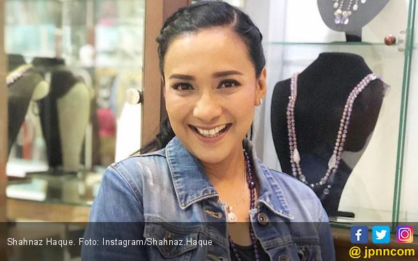 Respons Shahnaz Haque Soal Kabar Soraya Pindah Agama - JPNN.com