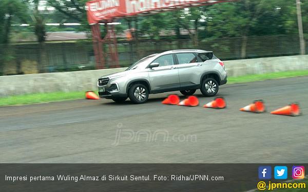 Impresi Pertama Wuling Almaz di Sirkuit Sentul : Fun To Drive - JPNN.com