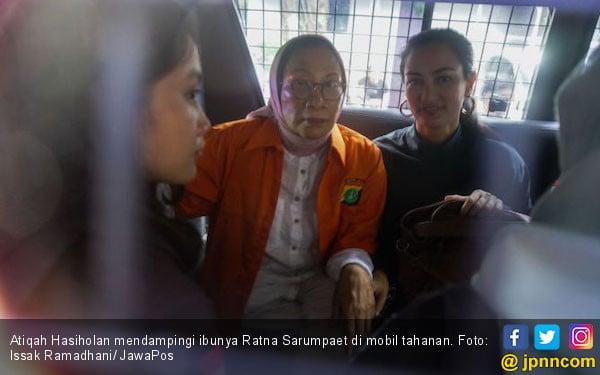 Keluhkan Leher Tegang, Ratna Sarumpaet Tetap Ditahan di Polda Metro Jaya - JPNN.com