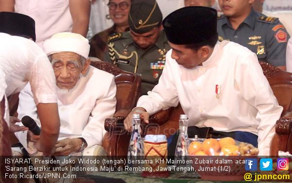 Penjelasan Romi PPP soal Doa Mbah Moen untuk Jokowi