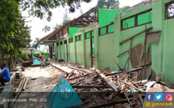 Dana Rp 28 Miliar Disiapkan Untuk Perbaiki Sekolah Rusak - JPNN.com
