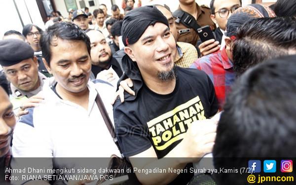 Merasa Tak Bersalah, Ahmad Dhani Minta Hakim Putuskan Bebas - JPNN.com