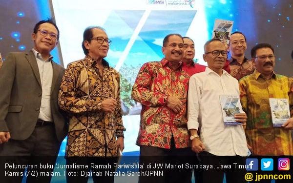 SMSI dan Kemenpar Luncurkan Buku Jurnalisme Ramah Pariwisata - JPNN.COM