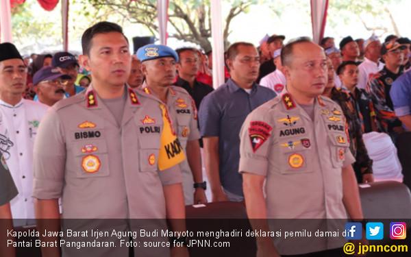Hadiri Deklarasi Pemilu Damai di Pangandaran, Kapolda Jabar Serahkan Asuransi Nelayan - JPNN.COM
