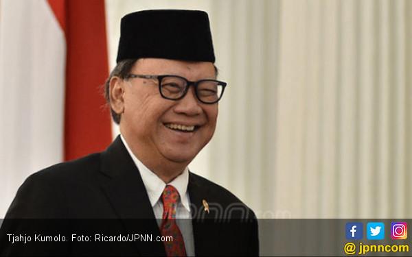 Pujian Menteri Tjahjo kepada Menkum HAM Yasonna: Ini Prestasi yang Luar Biasa - JPNN.com