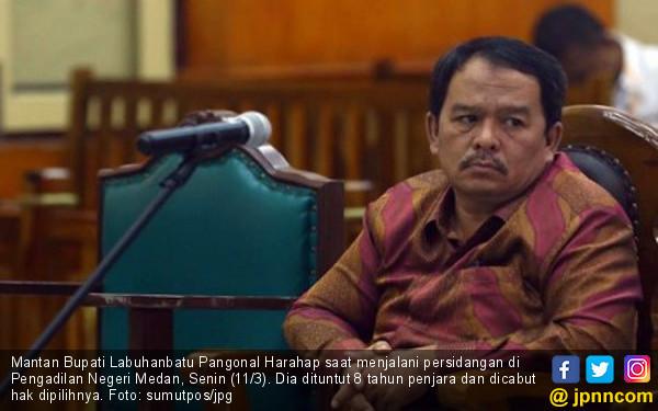 Mantan Bupati Labuhanbatu Dituntut 8 Tahun Penjara - JPNN.com