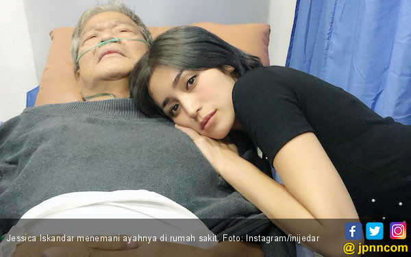 Ayah Jadi Korban Tabrak Lari, Jessica Iskandar Akan Lapor Polisi? - JPNN.com