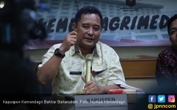Berita Terbaru Kasus Bupati Tana Toraja Rangkap Jabatan sebagai Plt Kadiskes - JPNN.COM
