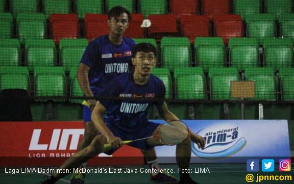 Universitas Brawijaya Dekati Tangga Juara LIMA Badminton - JPNN.COM