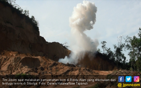 Dendus 88 Ledakkan 3 Kg Bom Terduga Teroris Sibolga, Sisanya 300 Kg Menyusul - JPNN.COM
