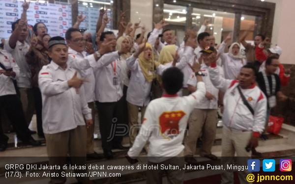 Relawan Prabowo Nyanyikan Indonesia Raya, Kubu Jokowi Selawatan - JPNN.COM