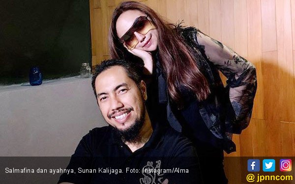 Salmafina Dikabarkan Pindah Agama, Sunan Kalijaga: Biasa Aja lah - JPNN.com