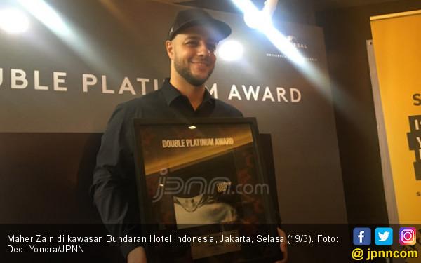 Maher Zain Raih Dobel Platinum di Indonesia - JPNN.com