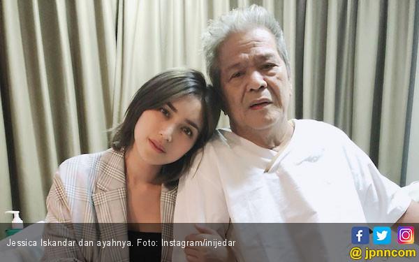 Jessica Iskandar Ternyata Punya Kisah Sedih dengan Pisang - JPNN.com