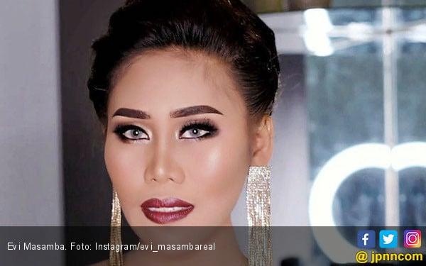 Evi Masamba Ingin Jadi Bupati Luwu Utara, Ivan Gunawan: Jadi Penyanyi Saja - JPNN.com