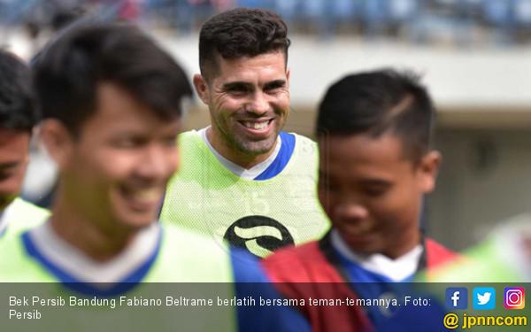 Legenda Persib Beber 3 Kelebihan Fabiano Beltrame - JPNN.com