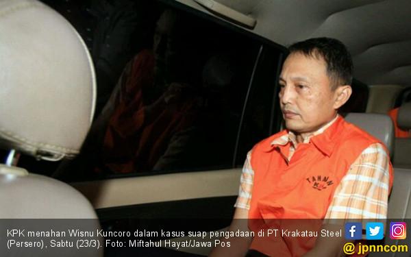 Keluar dari Gedung KPK, Wisnu Kuncoro Sudah Pakai Rompi Oranye - JPNN.COM