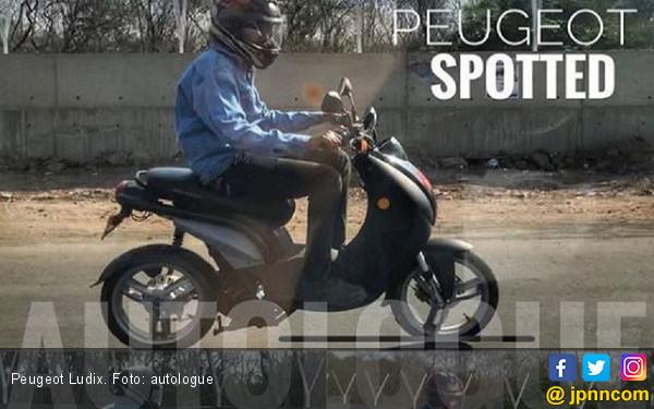 Peugeot Ludix Digadang Lincah di Kemacetan - JPNN.com