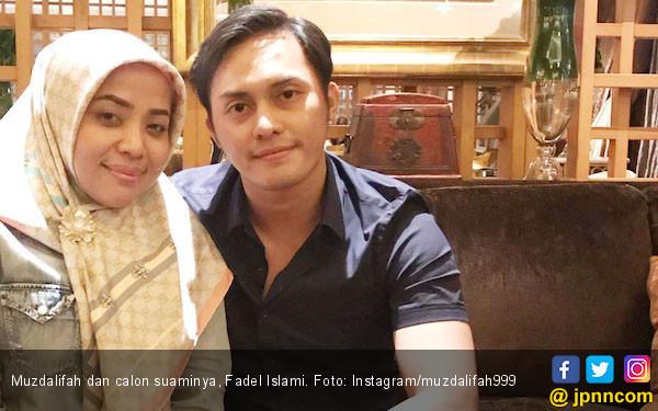 Ditanya Soal Pekerjaan Suami, Muzdalifah Marah - JPNN.com