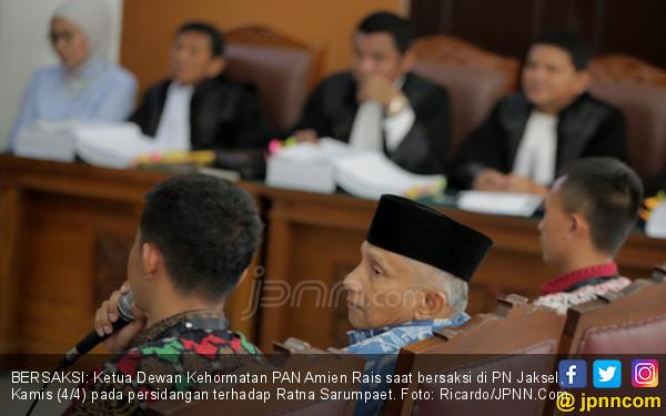 Amien Rais Sebut Ratna Sarumpaet Bersikap Kesatria, Ini Alasannya - JPNN.com