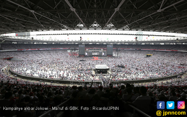 Slank dan Ustaz Yusuf Mansyur Berselawat di Konser Bareng Jokowi - JPNN.com
