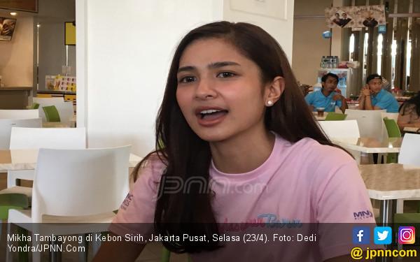 Mikha Tambayong Deg - Degan karena Widyawati - JPNN.com