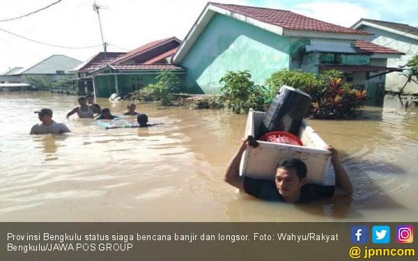 Banjir dan Longsor, Gempa juga Sempat Terjadi di Bengkulu - JPNN.com