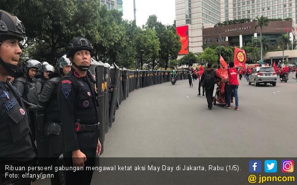 Wartawan Alami Kekerasan saat Meliput May Day - JPNN.com