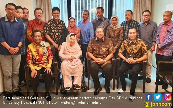 Suhu Politik Nasional Memanas, Ini Pesan Pak SBY dari Singapura - JPNN.com