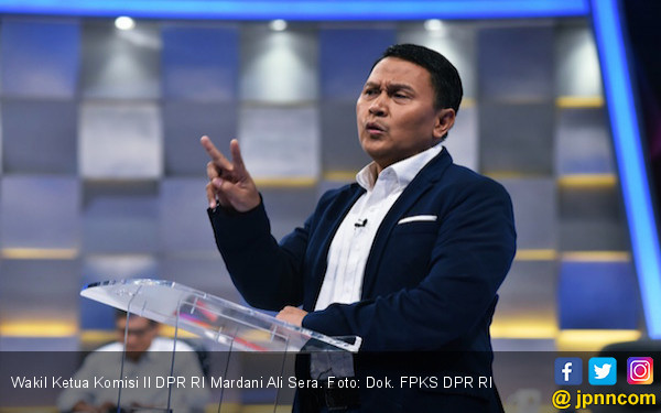 PSBB Jakarta: Mardani PKS Ingatkan Gubernur Anies Soal Ini - JPNN.com