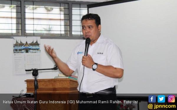 Ketum IGI: Guru dan Siswa Rugi Besar Kalau Tahun Ajaran Baru Tidak Diundur - JPNN.com