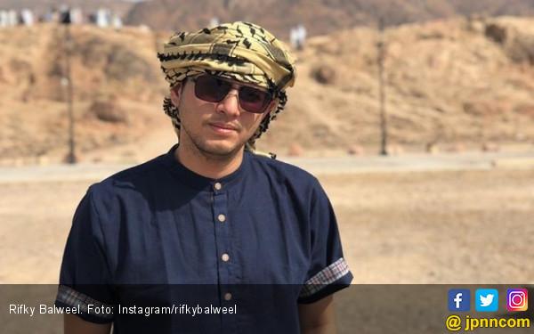 Rifky Balweel Jadi Roker demi Mahar 30 Juz - JPNN.com