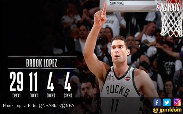 Tampil Garang, Brook Lopez Bawa Bucks Kalahkan Raptors di Game 1 Final Wilayah Timur NBA - JPNN.com