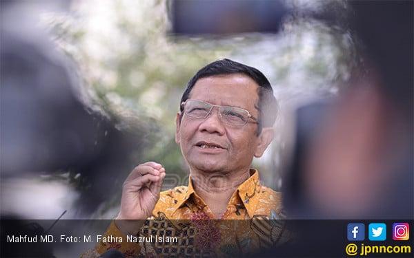 Mahfud MD Sebut Kesaksian Keponakannya Untuk Prabowo - Sandi di Sidang MK Masih Mentah - JPNN.com