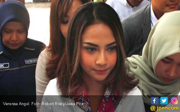 Vanessa Angel Dituntut 6 Bulan Penjara, Kuasa Hukum: Terlalu Berat - JPNN.com