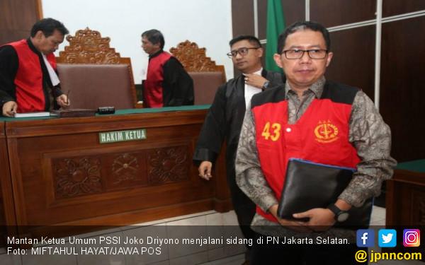 Menangis, Joko Driyono Minta Satgas Tidak Sita Cincin Ibunya - JPNN.com
